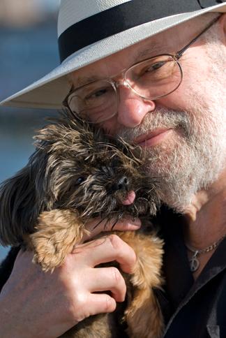 ElliotTiber-with-doggie