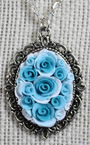 lovebuds-pendant