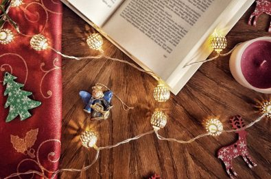 5-historical-fiction-books-to-get-you-into-the-holiday-spirit